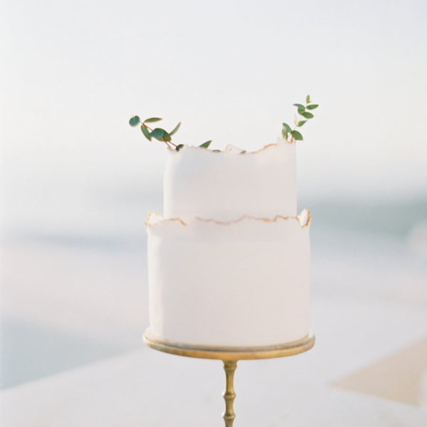 Delicate Candlestick Cake Stand