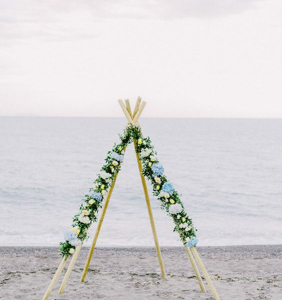 Pergolas, Arches & Gazebos for your Santorini Wedding