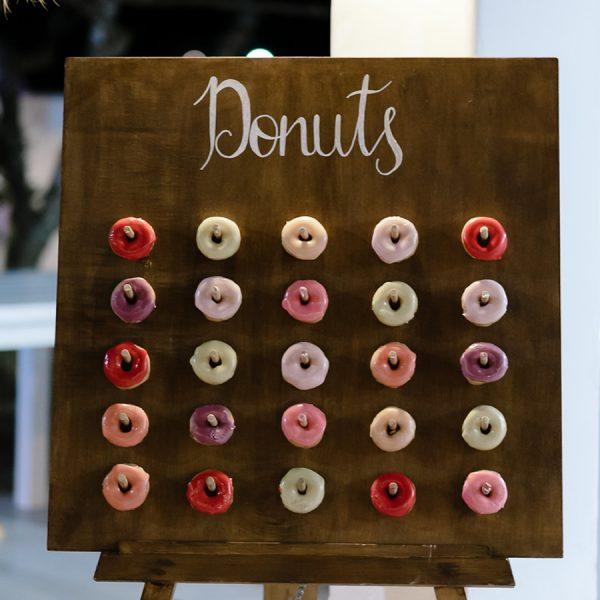 dessert display, donut, wedding accessories