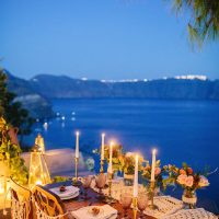 sunset romantic beautiful Santorini wedding