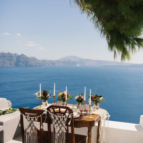 Table and chair ideas for Santorini weddings