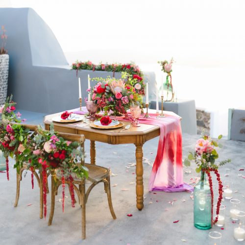 able and chair ideas for Santorini weddings